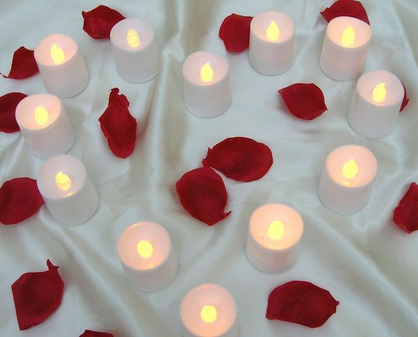 flameless tealights with rosepetals